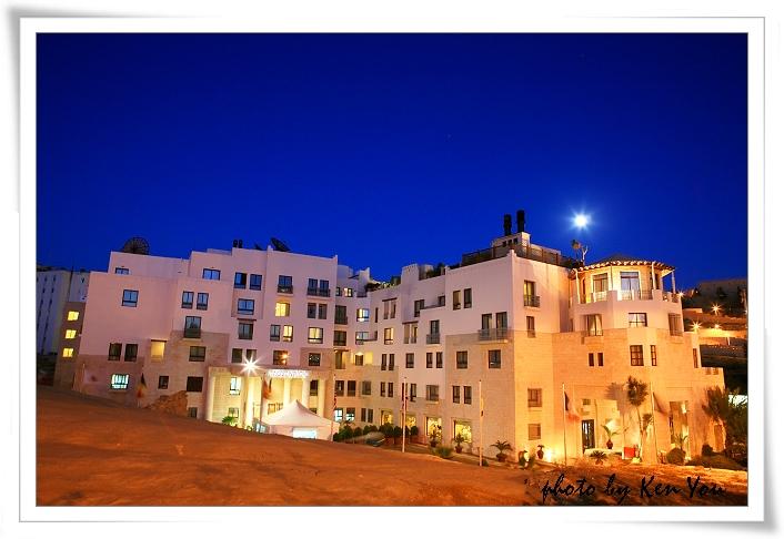 o1502738792_day2_6_movenpic hotel(petra)_0