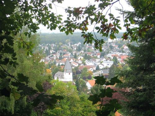Hessenweg 7 - 2013 - Blick nach Seeheim im Vorderen Odenwald