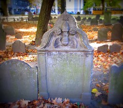 (Star Cat) Tags: autumn fall cemetery grave graveyard boston stone dead massachusetts rip tomb tombstone granaryburyingground cityofthedead