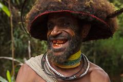 Huli Wigman, PNG (Lachlan Towart) Tags: travel portrait man asia native tribal wig png papuanewguinea tari headdress huli wigman wigmen huliwigmen