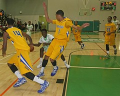D_97706A (RobHelfman) Tags: sports basketball losangeles highschool dorsey crenshaw whitneyjones raymondbrown