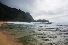 2114004_RAW (Mr Inky) Tags: hawaii kauai napalicoast tunnelsbeach haenastatepark panasonic714mmf4 olympusem5