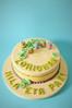 La chicas 'amantes' del bordado (charly's cakes) Tags: lima manga icing yogurt crema frosting zorionak relleno botones azúcar fondant hilos felicidades glaseado bizcocho royalicing sugarcraft bordar