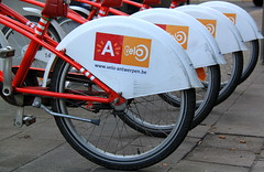 Antwerp - Anversa (Kristel Van Loock) Tags: city town europa europe belgium belgique belgi bikes bici antwerp bicicletas fietsen vlo stad anvers vlos belgien bicicletta belgio biciclette anversa biciclettes