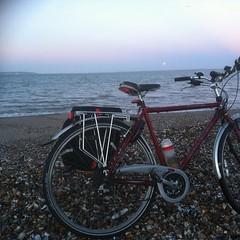 Moonset over The Solent. (meonmeanderer) Tags: seascape raleigh solent moonset leeonthesolent leeonsolent slowbike