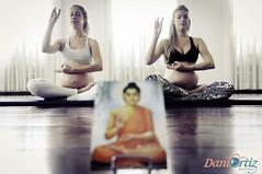 Camila e Andrea - Yoga - 2013.10.27-32-2 (Dani Ortiz - Fotografia) Tags: yoga foto famlia botnico ibirapuera fotografia mame irms fotgrafa grvida gestante