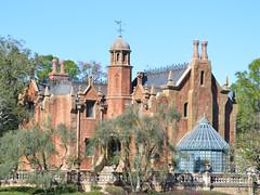 Mansion embrujada (Mark V.I) Tags: park nikon magic disney haunted 400views mansion 1855 700views d3200