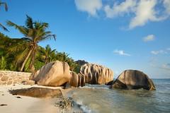Anse Source d'Argent [ le de la Digue ~ Seychelles ] (emvri85) Tags: sunset beach zeiss island rocks seychelles plage coucherdesoleil rochers ladigue ansesourcedargent leefilters d800e