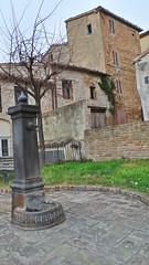 Fontanella... (Carlo Arrigoni) Tags: italy holiday marche vacanze i montecarotto karlo57 ekgc100 karlosimo carloarrigoni