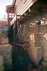 Old Mill at Roslyn Duck Pond; Roslyn, New York (hogophotoNY) Tags: camera usa ny newyork film water us unitedstates zoom landmark longislandny longisland nassau eastcoast nystate zoomlens filmslr canonelaniie longislandnewyork hogo hogophoto hogophotony