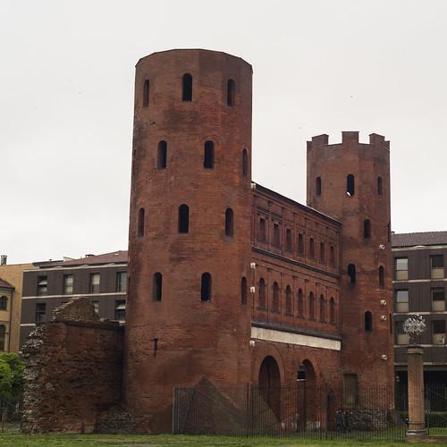 Turin, Porta Palatina 3
