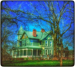 Stately treasure... (Sherrianne100) Tags: victorian oldhouse missouri springfield oldhome