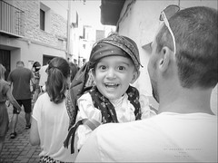 Alegra / Happiness (Tonigp) Tags: fiesta danza pueblo happiness infancia nio alegra castelln tradiciones forcall