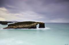 Playa de las Catedrales 036 (jaume vaello) Tags: mar galicia marinas playadelascatedrales sigma1020 manfroto leefilters leend09 kenkond400 nikond5100 jaumevaello