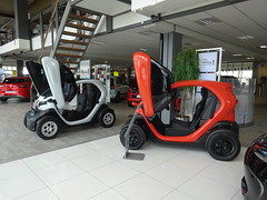Renault Twizy in Showroom (harry_nl) Tags: netherlands amsterdam nederland cargo renault showroom dealership 2016 twizy