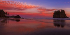 Second Beach La Push (Olympic Peninsula, WA) (Sveta Imnadze.) Tags: seascape nature landscape rocks wa pacificcoast secondbeach lapush sunsetcolors
