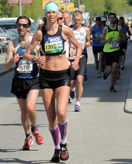 Woman runner and followers (bokage) Tags: woman sport sweden stockholm marathon runner bokage