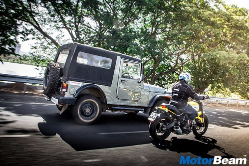 Ducati-Scrambler-vs-Mahindra-Thar-03