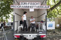 Leidenschaft pur am Zri-Fscht (made in TG) (Jrg) Tags: zrich fest tg lastwagen verkauf programm thurgau fscht