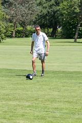 030 (patrizia lanna) Tags: persone albero allenatore buca calcio campo esterno footgolf giocatore gioco golf luce memorial movimento natura palla panorama parco prato verde rapallo italia