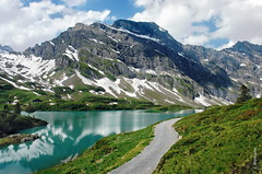 Trbsee (welenna) Tags: alpen alps switzerland summer snow schnee see schwitzerland sky steine stone strasse weg wasserspiegel water wasser wandern himmel hiking clouds cloud classic trbsee tree view landscape lake light berge blue baum mountains mountain
