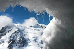 Mont Blanc du Tacul, Mont Maudit, Mont Blanc (Sandro Helmann) Tags: cold ice gelo alpes europa europe frana chamonix frio montanha montblanc aiguilledumidi