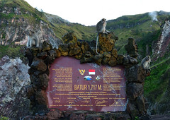 Top of Mount Batur (Nam__b) Tags: travel bali mountain green nature sign trekking indonesia landscape monkey nikon rocks outdoor hiking stones nikkor d500 kintamani mountbatur afsdxnikkor18200mmf3556gedvrii balineselongtailedmonkey