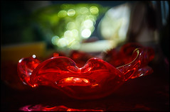 Red Glass Plate (Lens Bubbles) Tags: red glass lens diy bokeh plate rangefinder konica f18 45mm s2 hexanon