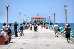 Manhattan Beach (Non Paratus) Tags: ocean people beach water pier vanishingpoint crowd pacificocean manhattanbeach laist