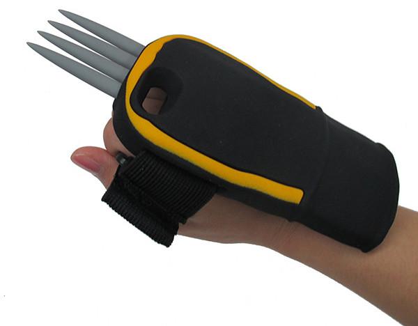 「戰爭人鐵爪手機殼」讓你看起來壞透了!~