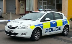 HERTS POLICE ASTRA (NW54 LONDON) Tags: police vauxhallastra hertfordshirepolice