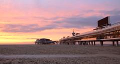 de pier, Scheveningen (Rene Mensen) Tags: sunset sea beach strand pier nikon scheveningen zee d5100 mygearandme mygearandmepremium mygearandmebronze mygearandmesilver mygearandmegold mygearandmeplatinum
