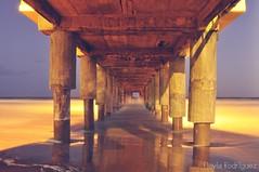 Muelle (Flavia Daniela ∞) Tags: costa atardecer muelle nikon playa paisaje fotografia villagesell velocidadlenta