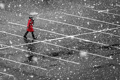 Snow in Vancouver (どこでもいっしょ) Tags: red people bw snow canada vancouver bc sony hx300 sonydschx300 partialcolours