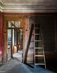 Escalera (Perurena) Tags: door light shadow luz arquitectura puerta madera decay sombra escalera urbanexploration contraste palacete abandono urbex escala peldaos