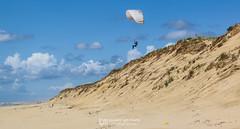 IMG_9161 (Laurent Merle) Tags: beach fly outdoor dune cte vol paragliding soaring ozone plage parapente atlantique ocan glisse littlecloud spiruline