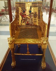 Tutankhamun's gold throne (Amberinsea Photography) Tags: gold egypt cairo throne tutankhamun cairomuseum amarna amarnaart amberinseaphotography