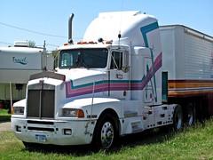 Kenworth Truck (TrueWolverine87) Tags: truck semi trailer semitruck kenworth tractortrailer hauler