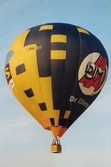 PH-RIJ @ Joure 25 juli 2001 by Johan Hetebrij (Hot Air) Tags: schroeder fire balloon phrij