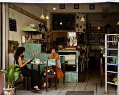 Petit caf  Cuernavaca (WhiteFlowersFade) Tags: voyage city travel people caf mxico america mexico restaurant interior citylife mexique personnes ville dcoration cuernavaca gens intrieur amrique vieenville