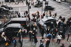 Rush (desomnis) Tags: street travel england people motion london cars movement europe traffic streetphotography streetlife rush gb traveling hurry frantic inmotion streetshot hectic sigma35mm canon6d desomnis