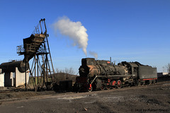 I_B_IMG_7437 (florian_grupp) Tags: china railroad train landscape asia mine desert muslim railway steam xinjiang mikado locomotive ore js steamlocomotive 282 opencastmine yamansu