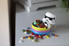 Relax (Heniferu) Tags: trooper relax starwars chocolate stormtroopers clonetrooper heniferu