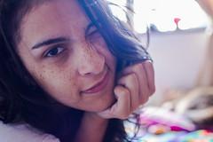 Hi (Nataluxx) Tags: portrait retrato freckles freckled pecas nikon35mm nikond5200