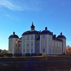 #Strmsholms #slott #castle (thefrdrkndrssn) Tags: castle slott strmsholm uploaded:by=instagram