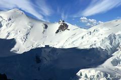 Chamonix, massif du Mont-Blanc (Ytierny) Tags: panorama france horizontal altitude neige chamonix montblanc glace refuge alpinisme aiguilledumidi hautesavoie et belvdre srac massifdumontblanc vallot hautemontagne alpesdunord ytierny