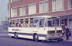 1WN_SWT_1971_0132_UCY154H_B03096c2 (Midest_pics) Tags: duple unitedwelsh bedfordvam southwalestransport