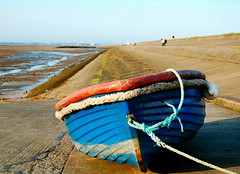 get off in it (plot19) Tags: uk blue red sea england seascape beach boats coast boat seaside sand nikon northwest britain north rope coastline northern wirral plot19 wirralcoast vision:outdoor=0748