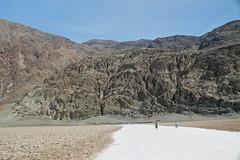 282 Feet Below Sea Level (Piedmont Fossil) Tags: california park mountain desert salt basin flats national deathvalley badwater