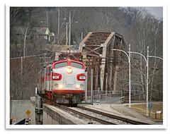 River Crossing (bogray) Tags: classic train vintage ky historic restored locomotive preserved frankfort fp7 emd myoldkentuckydinnertrain funit dieselelectric rjcorman rjc1941